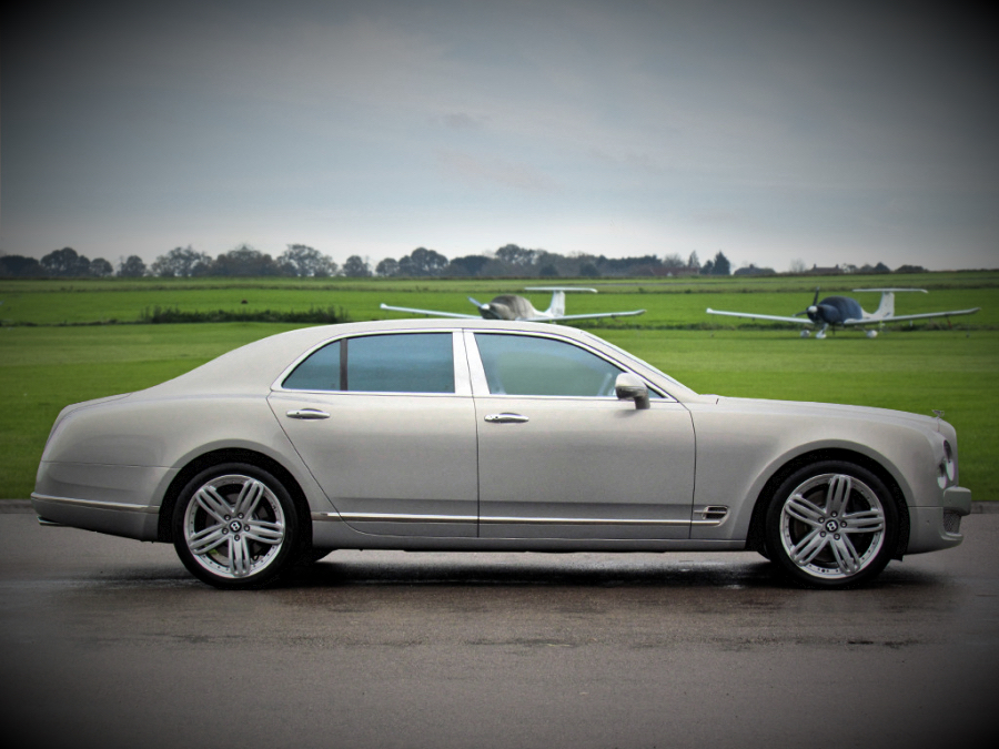White Bentley Mulsanne Car