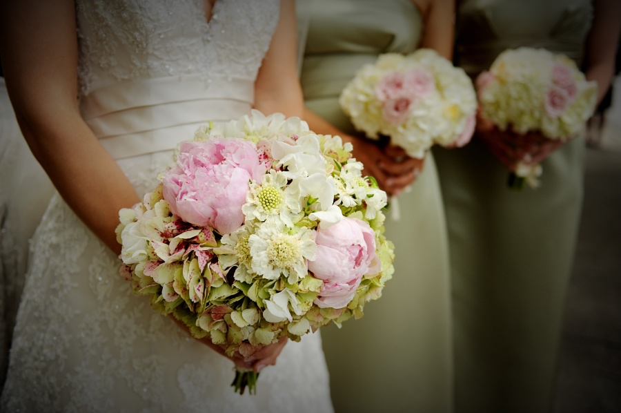 Silk Wedding Flowers Leicestershire : Wedding bouquets peterborough coventry leicester